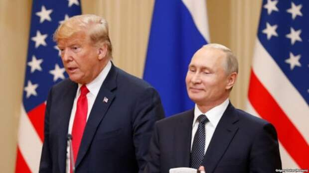 Двое обиженых на Путина . Одного Путин назвал контуженым , второго выпер из России...