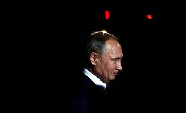 Что задумал Путин? Россия сама себя изолирует?