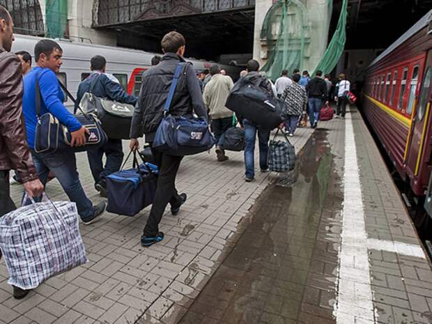 Украинцы массово бегут с окраины. За это «стоял майдан»?