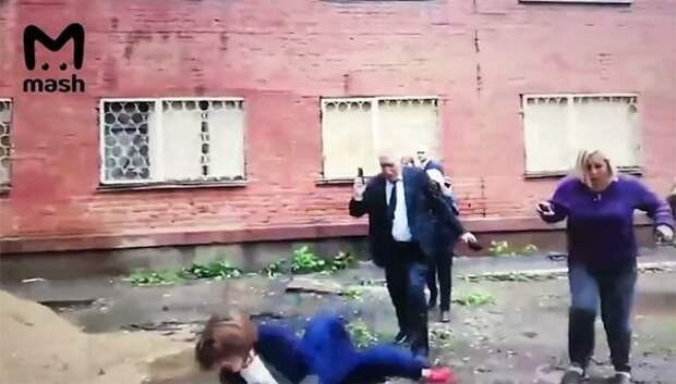 """Падение мэра Омска в лужу назвали """"закономерным итогом работы коммунальных служб"""""""
