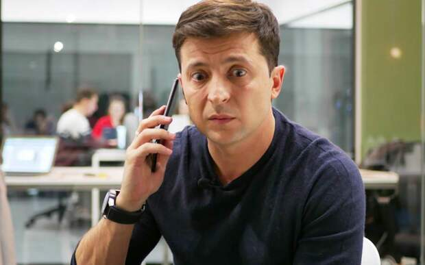 Зеленский может спасти Украину одним движением руки, позвонив Макрону