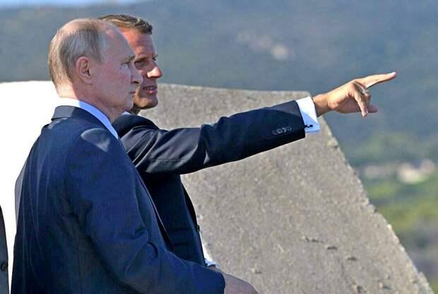 Макрон «благословил Россию на действия»: что теперь ждет Украину