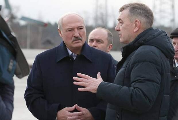 Лукашенко – сильный лидер, построивший слабое государство