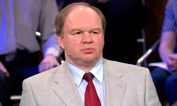 Топорнин рассказал, как Зеленский прикрывает бездействие в вопросе Минска-2