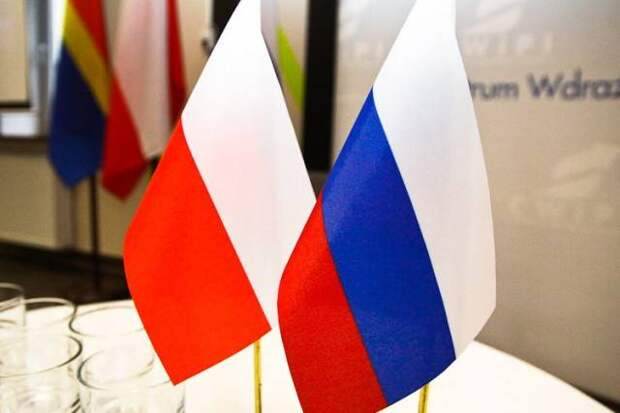 «Так почему поляки не раздавили Россию»: болгары о попытках Варшавы противостоять Москве
