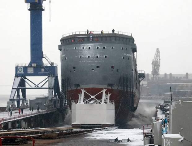 «Шпионаж у Канады и Аляски»: поляки «разузнали» о назначении нового российского судна