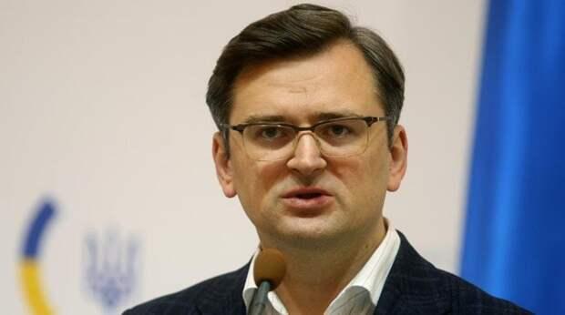 Скандал с иконой Лаврова продолжается: Кулеба набросился на Додика