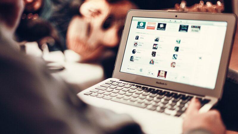 В Совфеде поддержали законопроект о социальной рекламе в Интернете