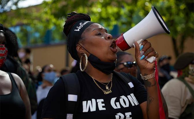 Черные в США «развели» белых на репарации