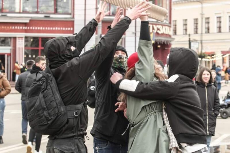 Столкновение в Киеве на Марше женщин