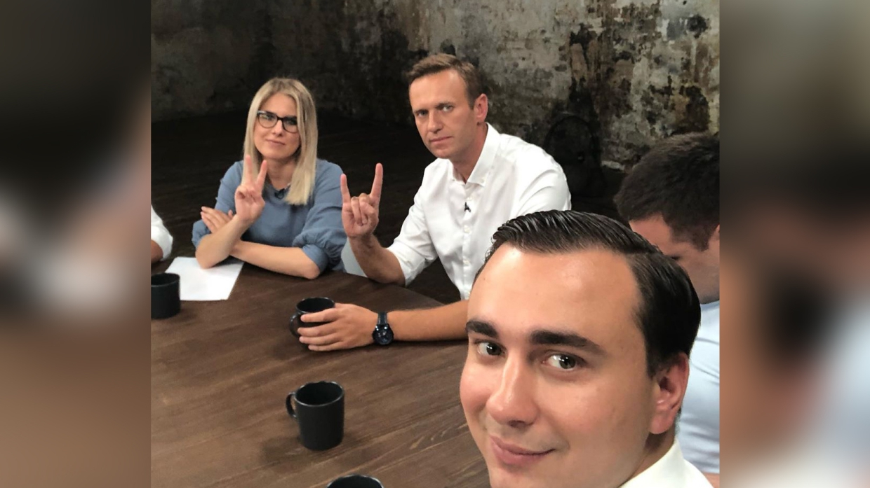 Жданов использует арест отца для торга с западными партнерами ФБК