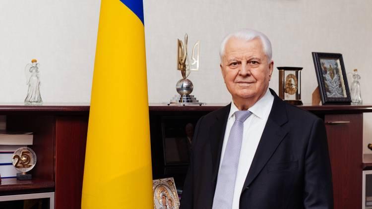 Кравчук потребовал исключить из контактной группы по Донбассу эксперта от Д