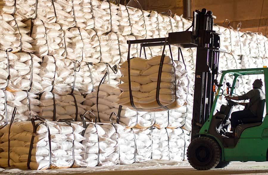 Рынок сахара в ЕАЭС: цены зашкаливают