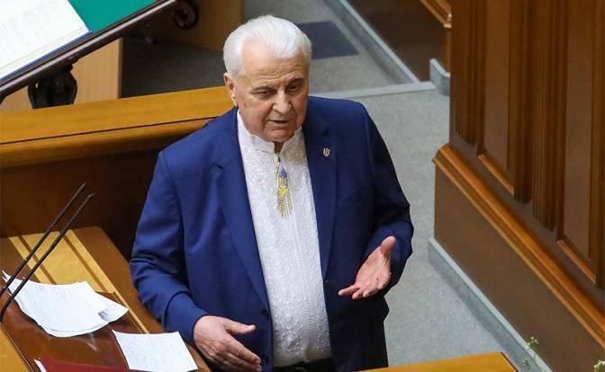 Язык Киев доведет: Кравчук назвал Лукашенко холуем