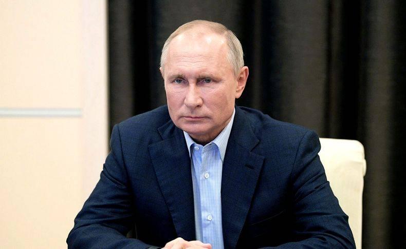 Уход Путина на карантин породил вопрос о выборах
